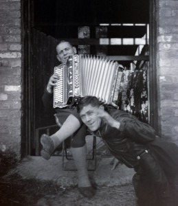 Alec played the accordion. He's sitting on the step. The chap in front is unknown. Photo from Alec Boulanoff via Dick Hull and then Terry and Christopher Hawkes.