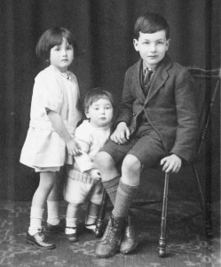 Phoebe Florence Townsend aged 4, Eric, 2 and Bert, 8.