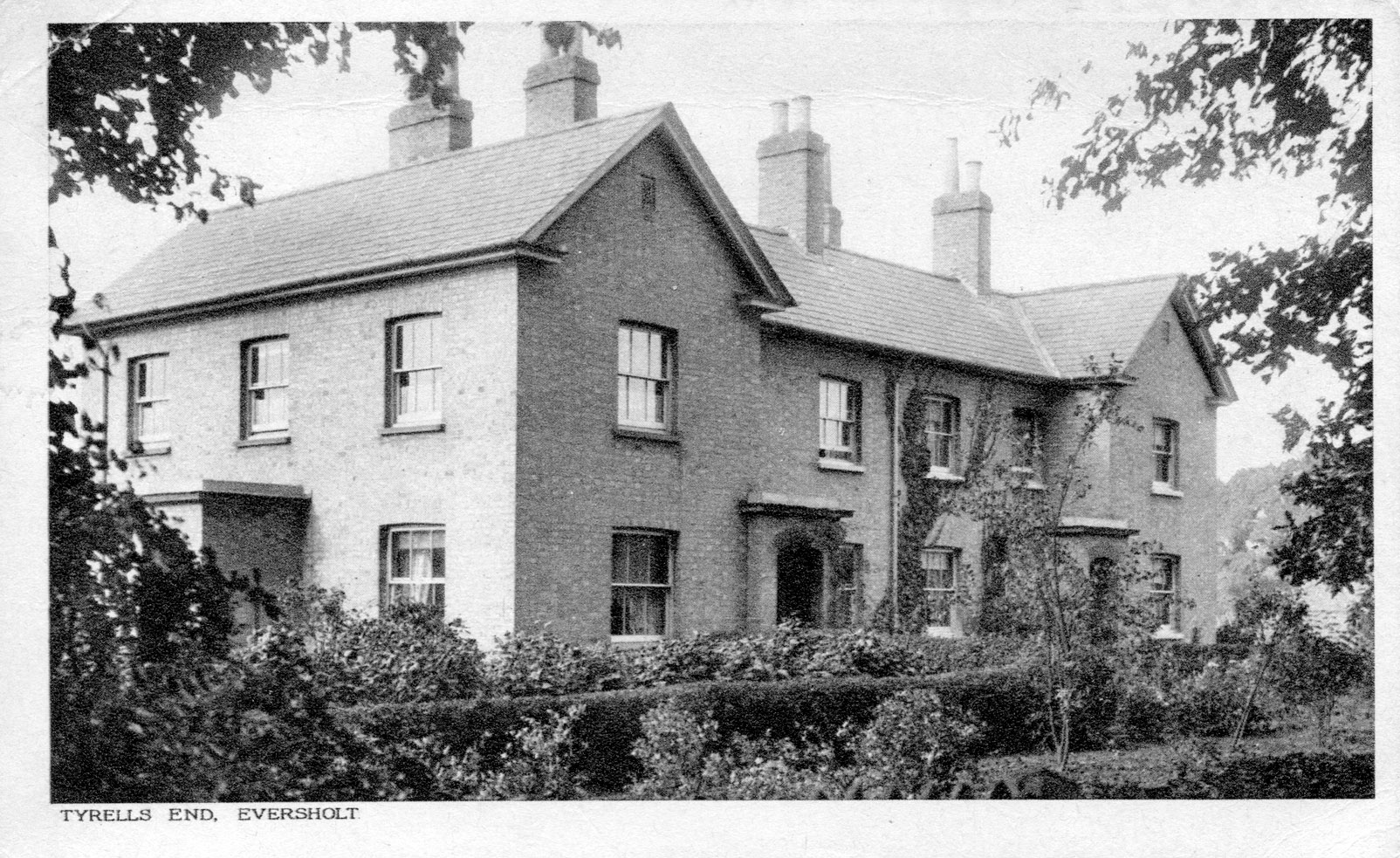 Francis chapman s home eversholt2 for Chapman house